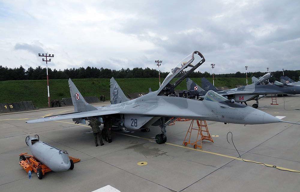 """Nowe """"Gołębie"""" kamuflaże Su-22 i MiG-29 Sił Powietrznych RP"""